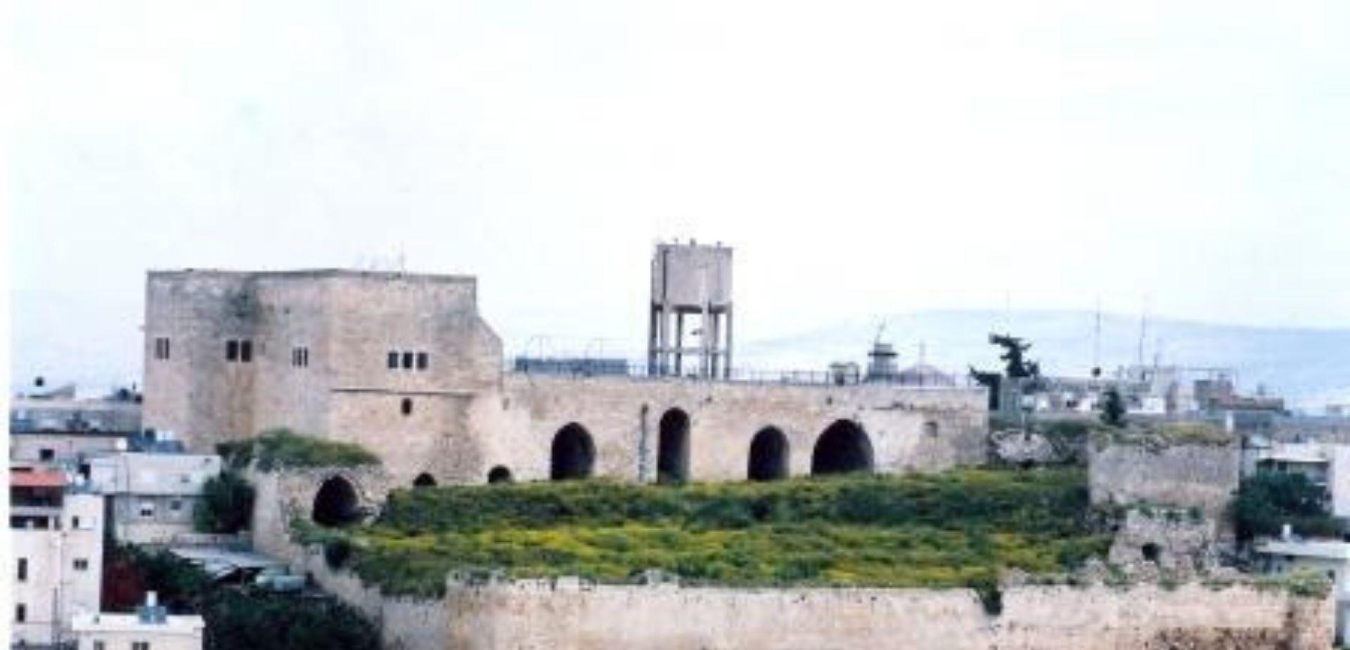 قلعة الظاهر عمر