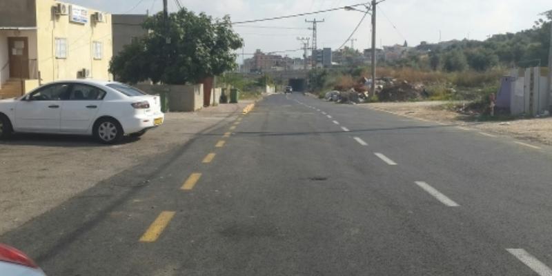 تعبيد الشارع الرئيسي ومنطقة عين عافية